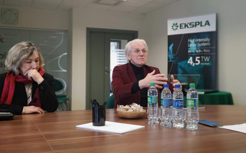 """Nobelio premijos laureatas prof. G. Mourou lankėsi """"Eksploje"""""""